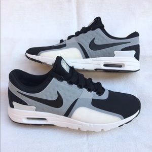 Nike Air Max Zero Women's Shoes